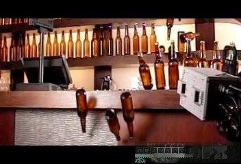 Бочкарёв Съёмка  Падение бутылок с барной стойки